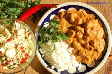Kurczak changezi - kurczak po indyjsku w gęstym sosie pomidorowo-kokosowym