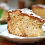 Ciasto z jabłkami, rodzynkami i imbirem