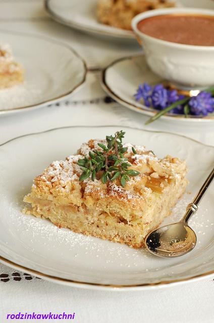 kruche, bezglutenowe ciasto z rabarbarem_ciasto wiosenne_ciasto bezglutenowe_ciasto jaglane_ciasto migdałowe