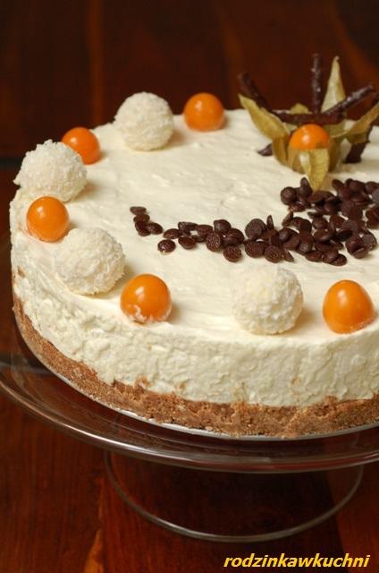 Torcik biały puch_ciasto czekoladowe_ciasto bez pieczenia_ciasto walentynkowe