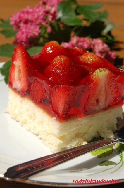 blaszka_ciasto z galaretką_ciasto z owocami_przepisy na lato