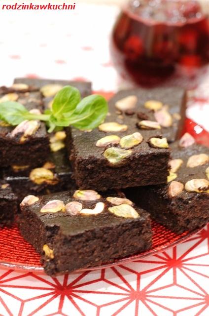 brownie z kaszy jaglanej z frużeliną wiśniową_ciasto czekoladowe_ciasto bezglutenowe