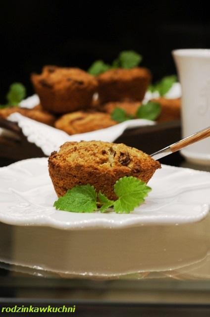 bułeczki bezglutenowe z rodzynkami_bułeczki kokosowo-sezamowe z rodzynkami_bułeczki drożdżowe_bułeczki deserowe