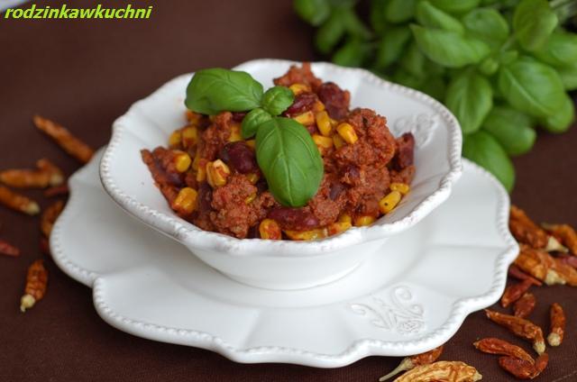 chilli con carne_dania z wołowiny_kuchnia meksykańska_dania z fasolą