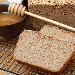 Chleb gryczany na miodzie
