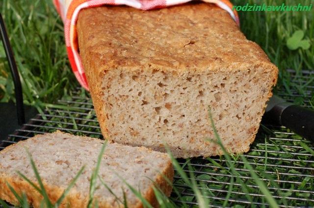 chleb gryczany z kaszą_chleb na drożdżach_chleb bezglutenowy_domowe pieczywo