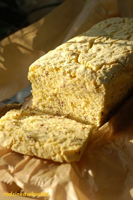 chleb kukurydziany bezglutenowy_chleb drożdżowy_chleb z kminkiem_chleb domowy