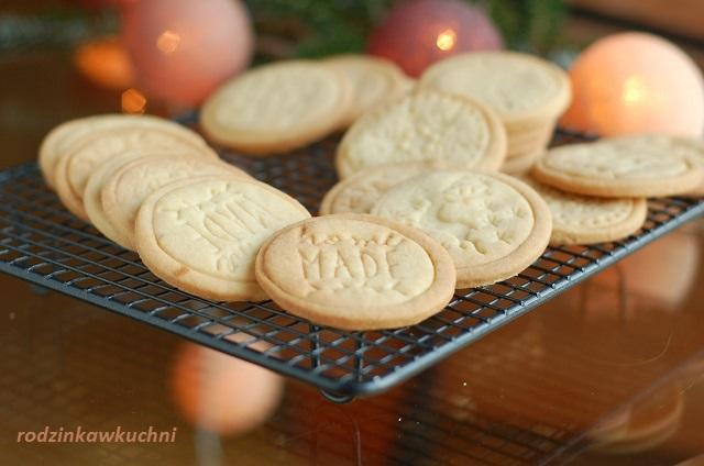 ciasteczka maślane Alberty_ciasteczka kruche_ciasteczka stemplowane_ciastka na Boże Narodzenie
