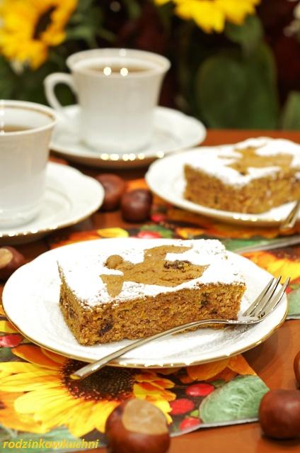 ciasto dyniowe z duchami_krajanka dyniowa_ciasto na oleju_warzywa w cieście_jesienne przepisy