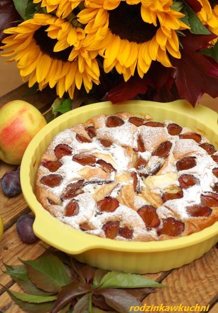 Jesienne ciasto_ciasto z owocami_ciasto ucierane