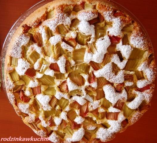 Ciasto ucierane z rabarbarem_ciasto z owocami_przepisy na piknik