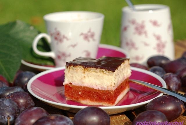 ciasto z musem śliwkowym i kremem z kaszy manny_ciasto z owocami_ciasto z kremem_jesienne ciasto_kostka śliwkowa