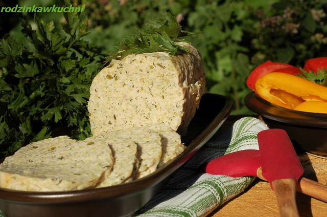 wędlina z indyka z kaszą jaglaną_pieczeń bez glutenu_klops z pietruszką_mięso z kaszą jaglaną_wędlina na kanapki