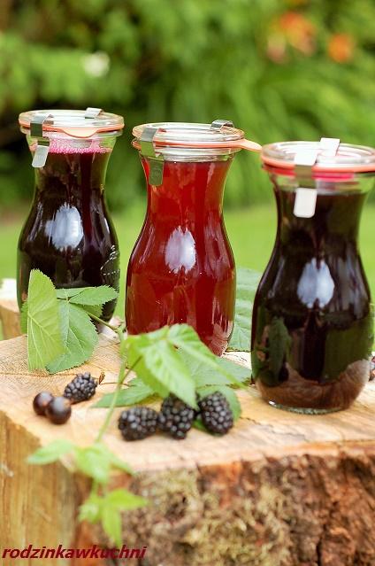 domowy sok wiśniowy, jeżynowy, porzeczkowy_domowe soki do picia_soki z parownika_soki z sokownika_słodkie przetwory