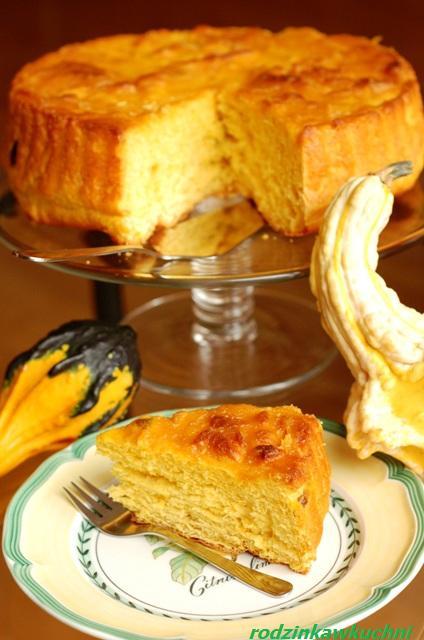 drożdżówka dyniowo-pomarańczowa z glazurą dyniową_ciasto drożdżowe