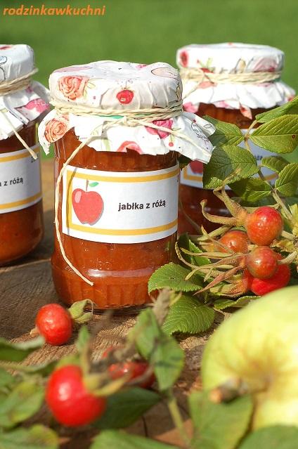dżem jabłkowy z owocami dzikiej róży_dżem jabłkowy z różą_domowy dżem_tradycyjny dżem