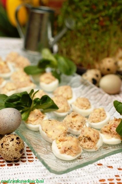 faszerowane jajka przepiórcze_jajka z tuńczykiem_przystawka wielkanocna