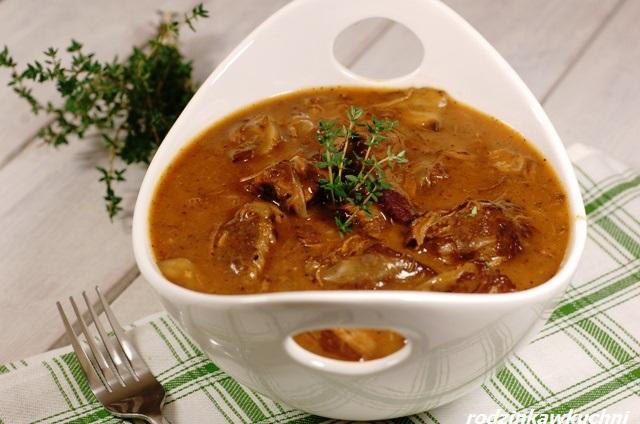 gulasz po burgundzku_kuchnia francuska_mięso w sosie_gulasz wołowy