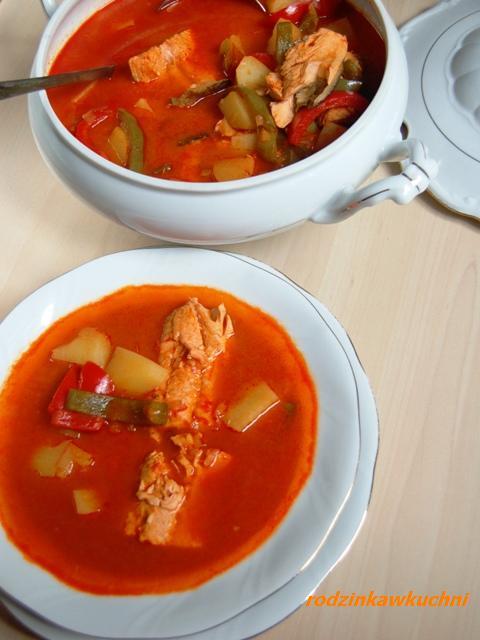 halaszle_zupa rybna_danie jednogarnkowe_kuchnia węgierska