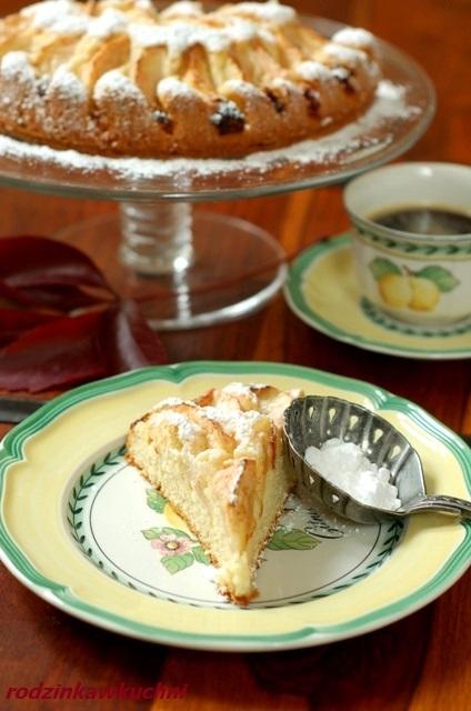 jabłecznik szwajcarski_szarlotka z rumem_ciasto z jabłkami_ciasto ucierane