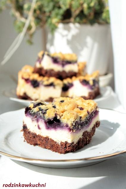 kruche ciasto z borówkami i budyniową pianką_kruche ciasto z owocami_ciasto domowe_ciasto z owocami
