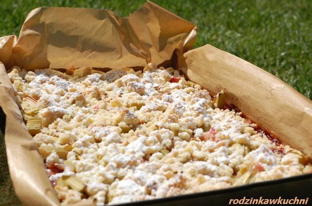kruche ciasto z porzeczkami i rabarbarem_ciasto z owocami
