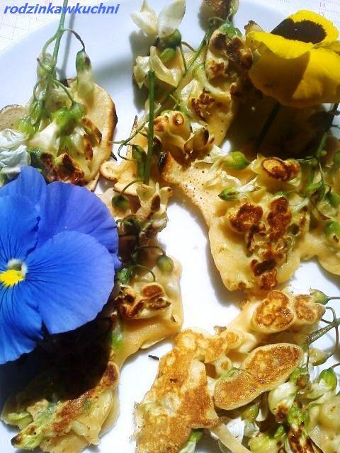 Kwiaty akacji w cieście_kwiaty jadalne w cieście_przepisy na lato