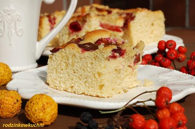 łatwe ciasto drożdżowe ze śliwkami i kruszonką_drożdżówka_ciasto drożdżowe_ciasto z owocami