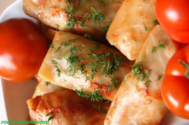 mamine gołąbki_dania z mięsem_faszerowana kapusta_kuchnia polska