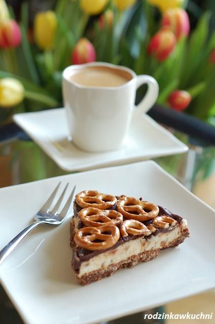 mazurek czekoladowy bez pieczenia_mazurek czekoladowo-serowy_mazurek wielkanocny