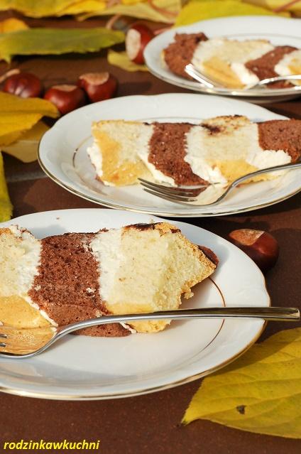 Metrowiec_ciasto w paski_ciasto z kremem_ciasto na oleju_ciasto ucierane