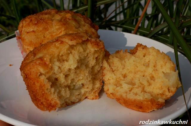 Muffinki z gruszkami i imbirem_dania na jesień_szybkie wypieki_ciasto z owocami