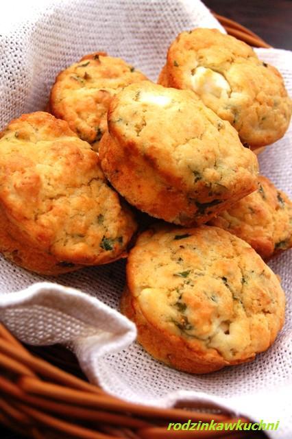śniadaniowe muffinki z tymiankiem i fetą_wytrawne muffinki