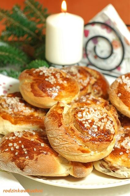 Norweskie bułki cynamonowe_bułki drożdżowe_drożdżówki_ślimaczki z cynamonem