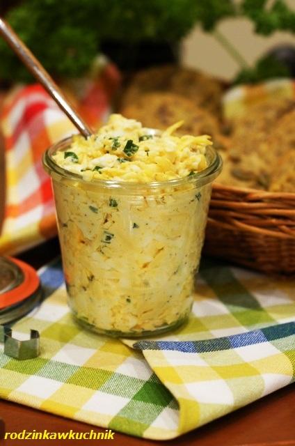 pasta jajeczna + bułki śniadaniowe_smarowidło do chleba_bułki domowe_bułki bezglutenowe_weekendowe śniadanie