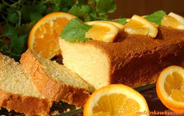 pisakowiec pomarańczowy_ciasto piaskowe_ciasto ucierane_ciasto pomarańczowe_ciasto bezglutenowe_babka pisakowa_przepisy na Wielkanoc