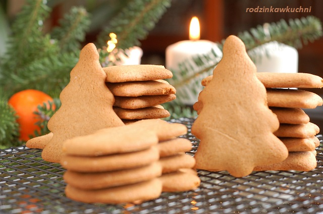 pierniczki IV bezglutenowe_pierniczki na mące ryżowej_pierniczki chrupiące_przepisy na Boże Narodzenie