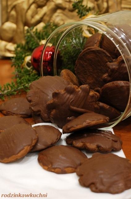 pierniczki nadziewane powidłami_pierniczki w czekoladzie_pierniczki jak alpejskie