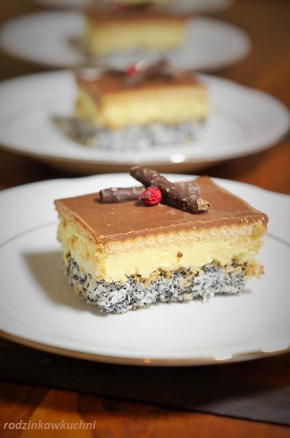 ciasto makowo-kokosowe_ciasto pijak_ciasto z kremem_ciasto z alkoholem_przepisy na Boże Narodzenie