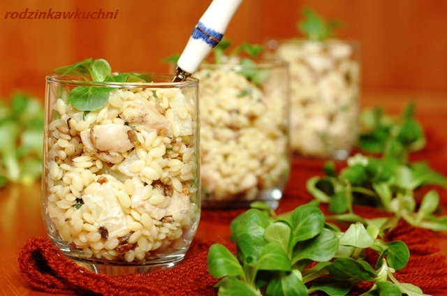 sałatka z makaronem i słonecznikiem_sałatka z mięsem_drugie śniadanie_karnawał