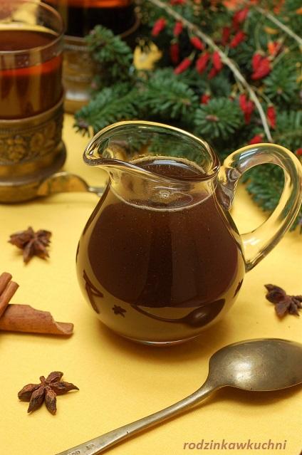 syrop piernikowy do kawy i herbaty_syrop korzenny_domowy wyrób_domowe przyprawy_rozgrzewające napoje