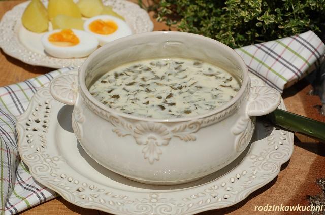 szczawiowa_zupa ze szczawiu_zupa z dzikiego szczawiu_kuchnia mazowiecka