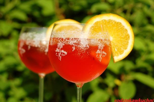 szpryc_spritz_drink na upalne lato_drink słodko-kwaśno_gorzki