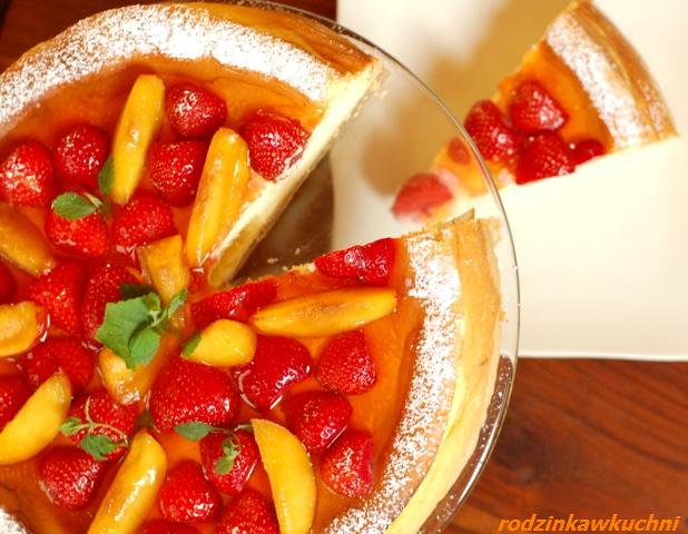torcik serowy z owocami_sernik_ciasto z owocami_ciasto na lato