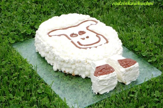 Tort baranek Szon_ciasta z kremem_ciasta z owocami_dania dla dzieci
