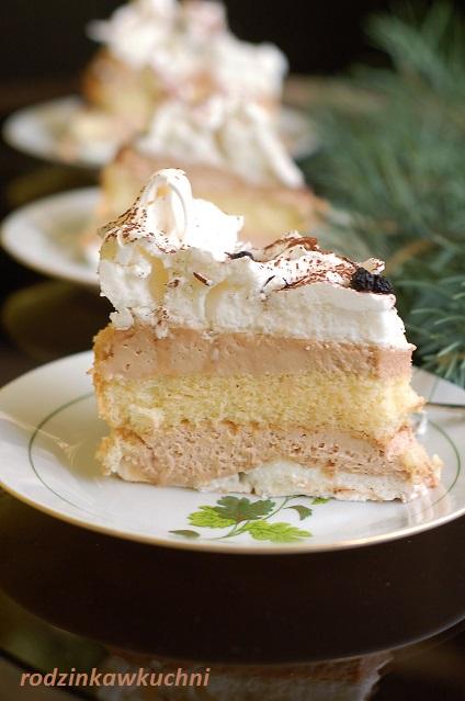 tort bezowy z kremem mascaropne_tort z ajerkoniakiem_tort na Boże Narodzenie