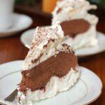 Tort bezowy z truflą czekoladową