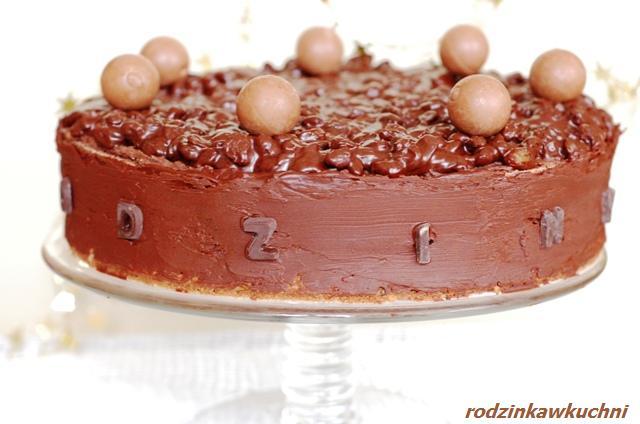 tort rodzynkowiec_ciasto czekoladowe_ciasto z kremem