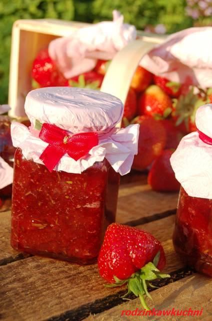 truskawki z rozmarynem_dżem truskawkowy_dżem tradycyjny_przetwory