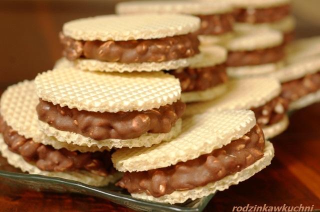 wafelki z preparowanym ryżem_wafelki kakaowe_wafelki domowe_ciasteczka bez pieczenia